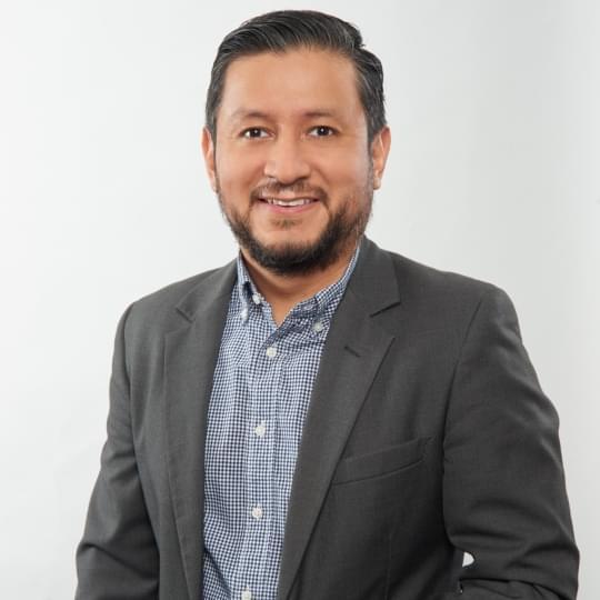 Gerente de Comunicaciones Juan Santizo - Seguros SURA Panamá